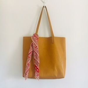 madewell scarf + leather tote bundle